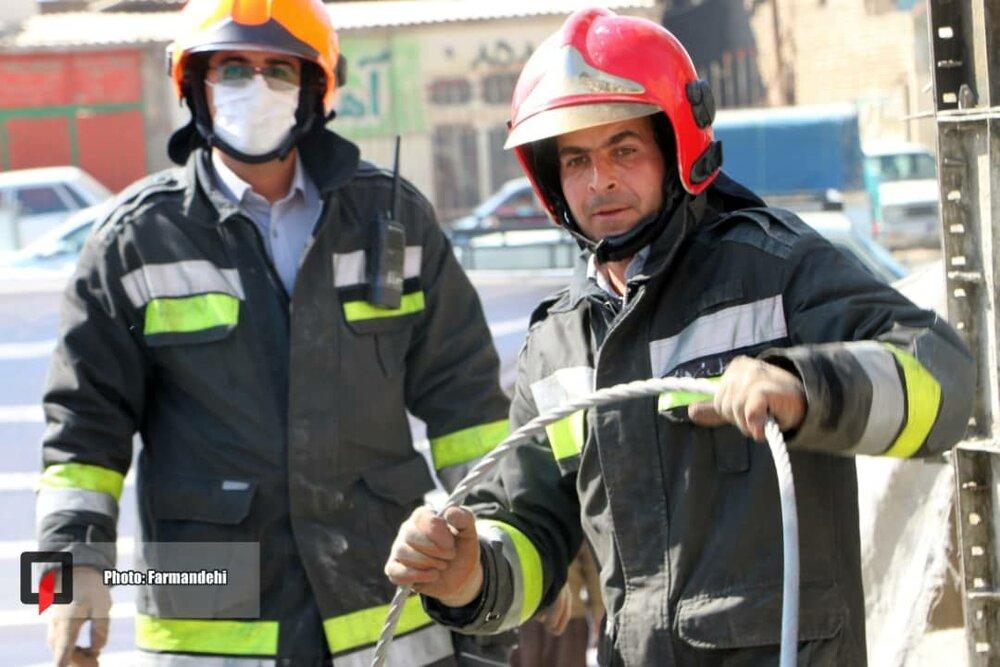 تامین امنیت شغلی آتشنشانان ضروری است