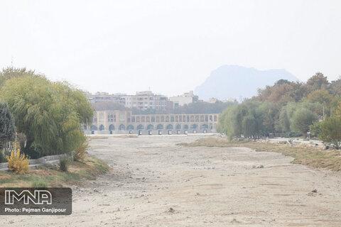 جزئیات جلسه شامگاهی مسئولان استان اصفهان درباره آلودگی هوا