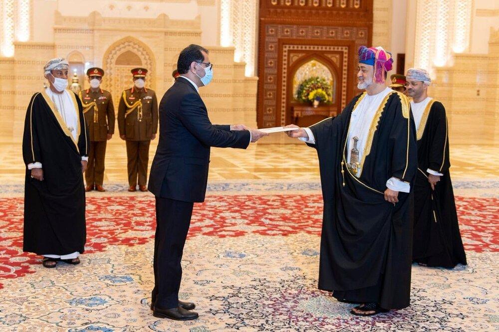 توییت وزیر امور خارجه عمان پس از دیدار با عراقچی