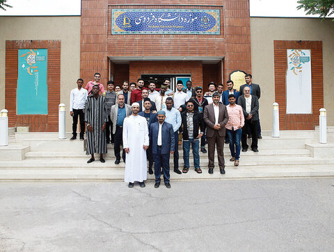 40,000 foreign nationals are studying in 43 Iranian universities