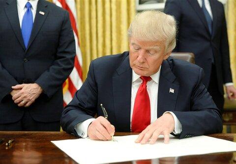 ترامپ فرمان تسریع خروج نیروهای آمریکایی از افغانستان و عراق را امضا میکند