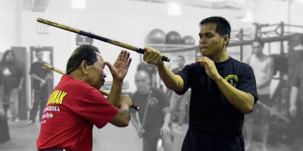 """ورزش رزمی فیلیپین  یا """"کالی یا آرنیس"""" چیست؟"""