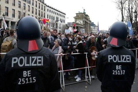 تظاهرات مردم آلمان در اعتراض به محدودیتهای کرونا