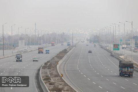 هوای کلانشهر اصفهان و ۴ شهر مجاور ناسالم است