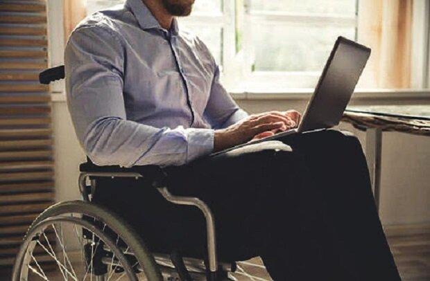 جدیدترین گجتهای ویژه معلولان+ کاربرد و نحوه استفاده از آنها