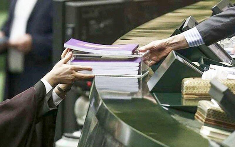 واکنش امیرآبادی به تصویب کلیات بودجه ۱۴۰۰