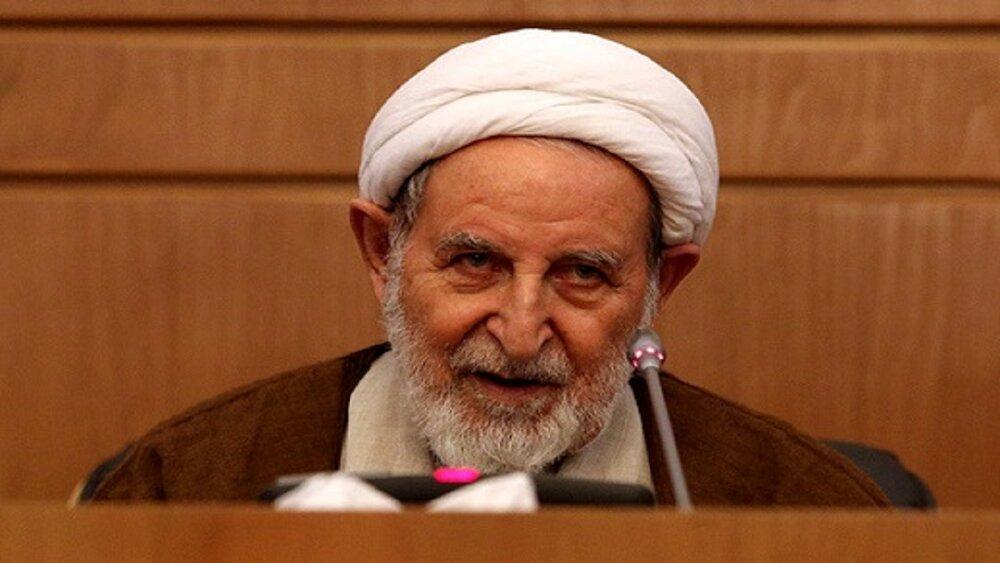 خدمات مرحوم آیتالله یزدی در خاطر ملت ایران خواهد ماند