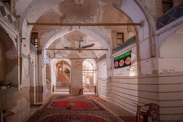 شهرداری شیراز مساجد منطقه تاریخی فرهنگی را مرمت میکند