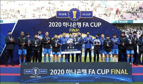 در هر بازی بیشتر از دو گل به رقبا زدیم/ میخواهیم با جام قهرمانی به کره برگردیم