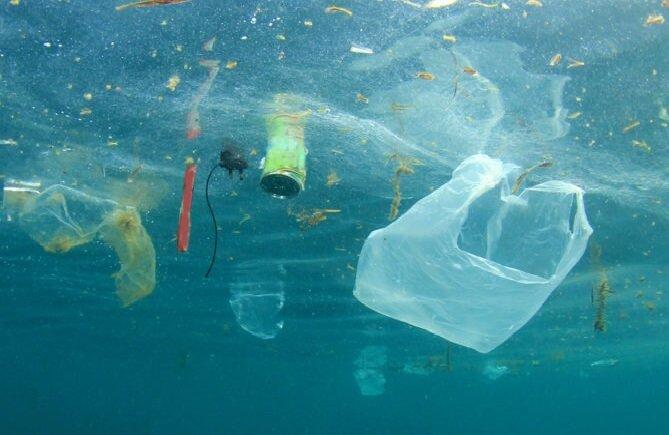 ارتباط بین آلودگی اقیانوسها و سلامت انسان چیست؟
