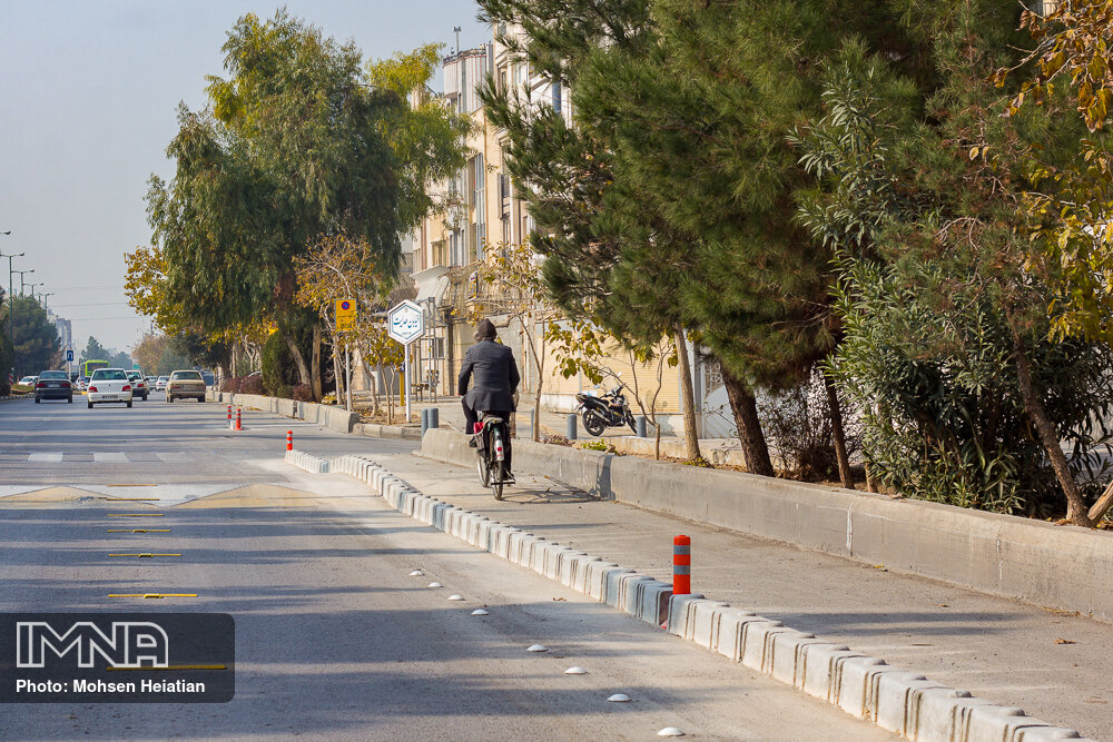 ایمن سازی بیش از ۲۰ کیلومتر از مسیر دوچرخه سطح شهر قزوین
