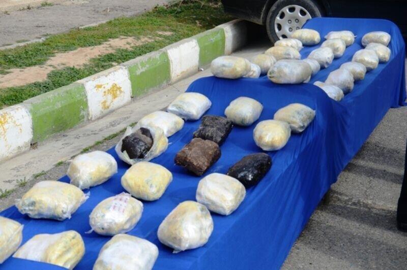 کشف ۳۸۰ کیلوگرم انواع مواد مخدر در طرح نوروزی پلیس