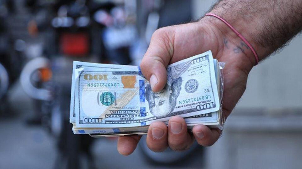 قیمت دلار امروز سه شنبه ۳ فروردین + جدول نرخ ارز