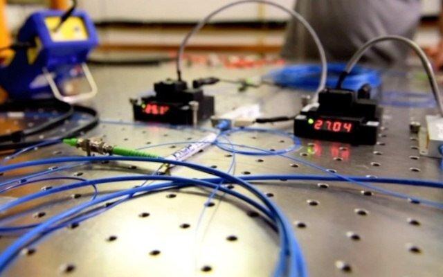 آزمایش موفقی که ما را یک قدم به اینترنت کوانتومی نزدیک کرد
