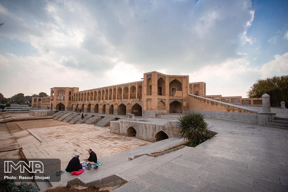 هوای اصفهان پاک شد/ تداوم وزش باد شدید و تندباد لحظه ای