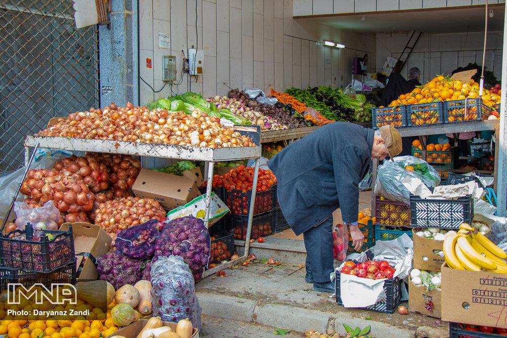 قیمت میوه و تره بار در بازار امروز ۱۸ دی + جدول