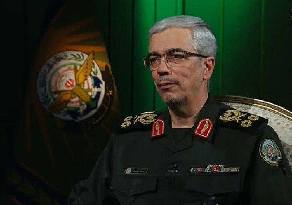 باقری: فداکاریهای مرحوم پورداراب مایه افتخار ارتش است
