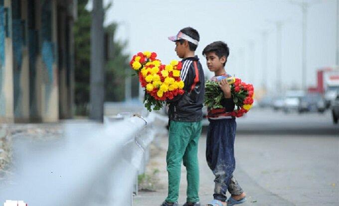 ساماندهی گل فروشان مسیر بهشت زهرا/شناسایی و جمع آوری ۲۰ مورد توزیع کننده غیر مجاز