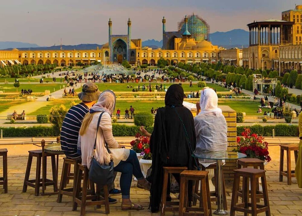 Iran to pump billion tomans saving tourism economy