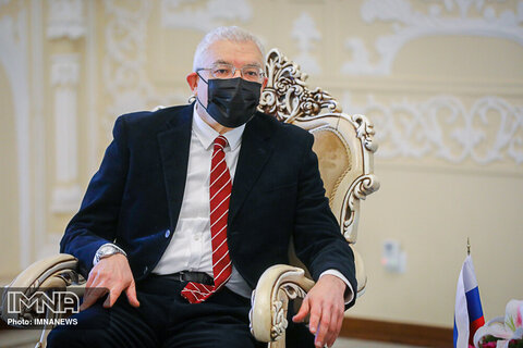 دیدار شهردار با سرکنسولگری روسیه
