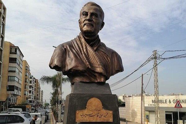 رونمایی از تندیس یادبود سردار سلیمانی در جنوب لبنان