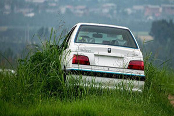 کشف ۳۰ خودروی احتکار شده در خمینیشهر