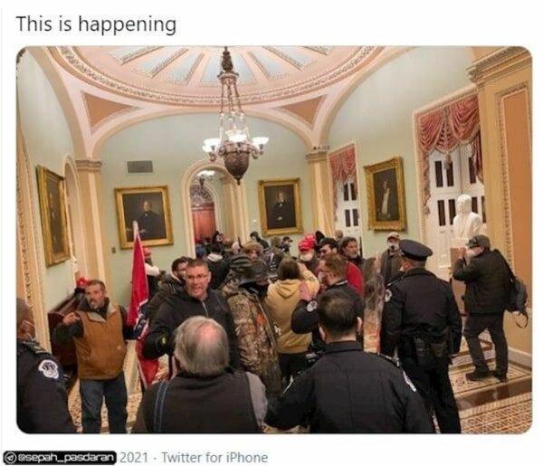 کنگره آمریکا با ورود معترضان تعطیل شد + فیلم
