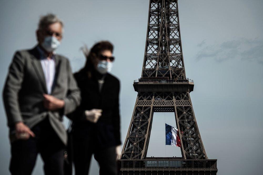 عرضه واکسن کرونا و تشدید محدودیتها در فرانسه
