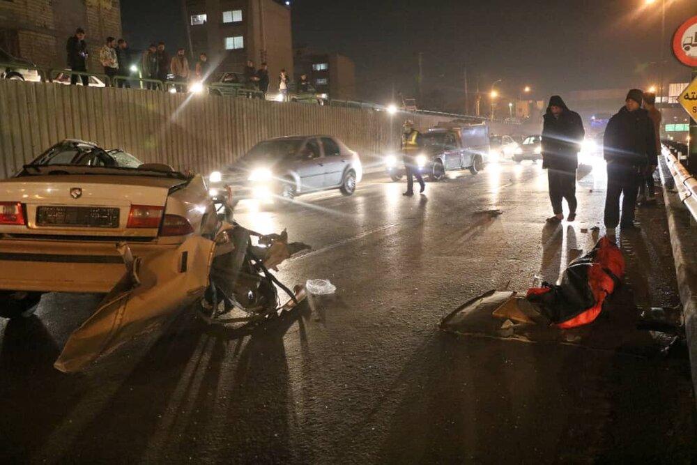 تصادف زنجیرهای چهار خودرو در پل تمدن