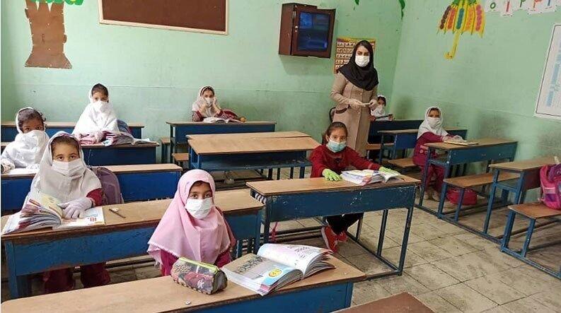 جزییات زمان بازگشایی مدارس و واکسیناسیون سربازان اعلام شد