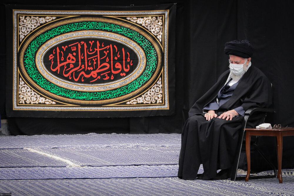 مراسم عزاداری شب شهادت حضرت زهرا (س) در حسینیه امام خمینی (ره)