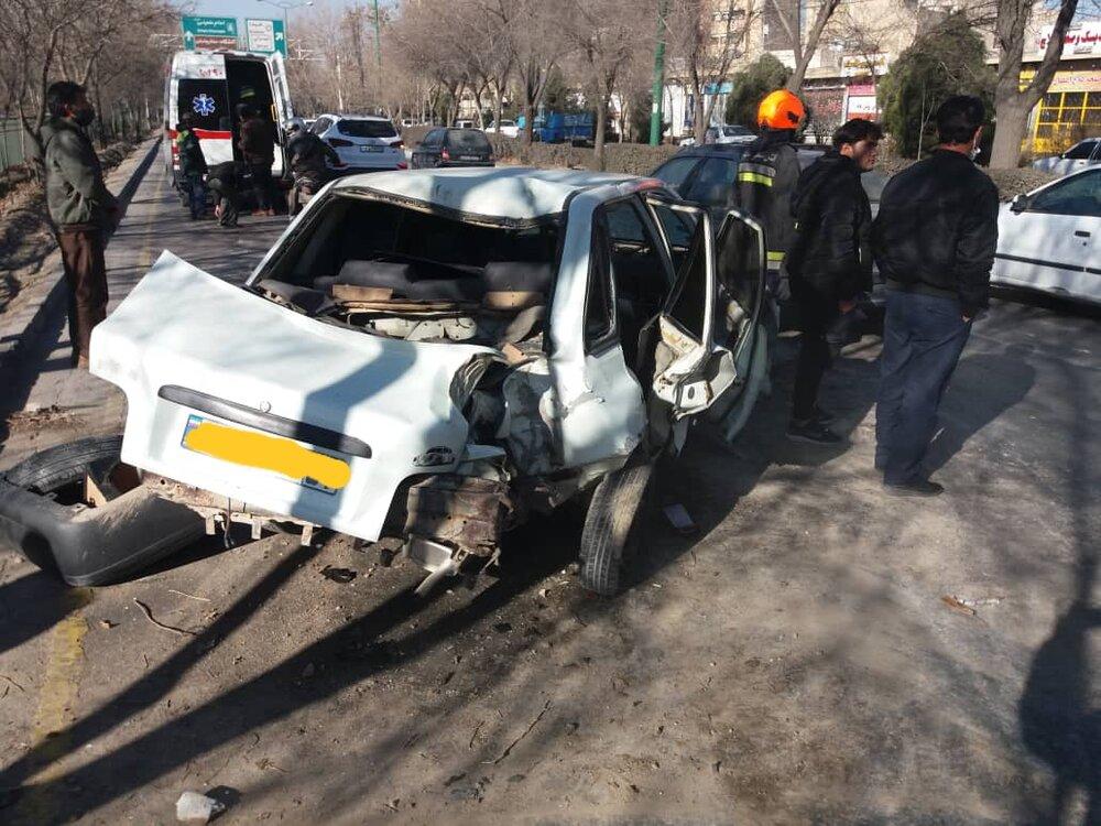 ۶ مصدوم در حادثه تصادف کمربندی شمالی نجفآباد