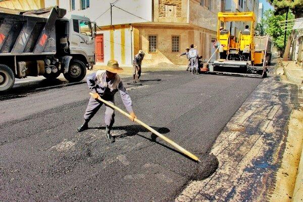 چالش خیابانهای یزد با آسفالت فرسوده و سرعتگیرها