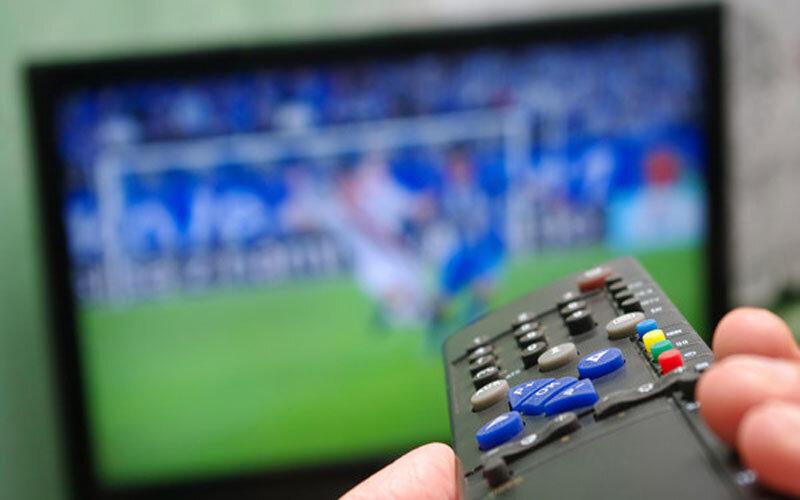 پخش زنده فوتبال امروز، یکشنبه ۱۲ اردیبهشت ماه از تلویزیون + جدول