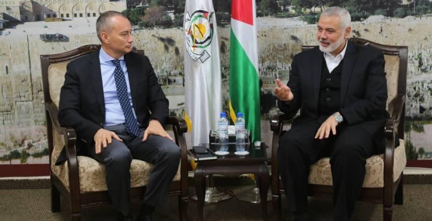دیدار هنیه و نماینده سازمان ملل در مورد انتخابات فلسطین
