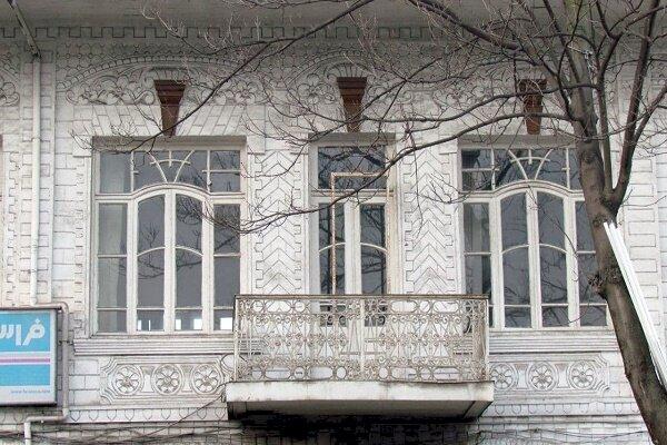 ضوابط میراثفرهنگی مانع از تخریب هتل فردوسی رشت میشود