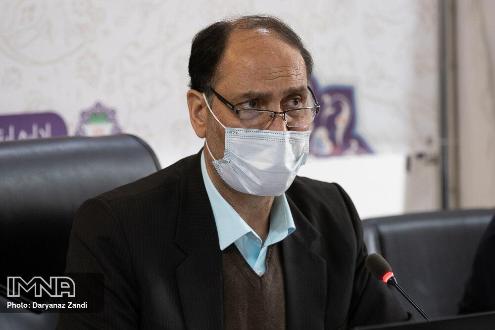 مشکل زمینهای آستان قدس در اصفهان حل شود