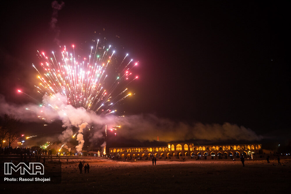 نور افشانی بیش از ۳۰ نقطه شهر اصفهان در شب میلاد حضرت مهدی (عج)