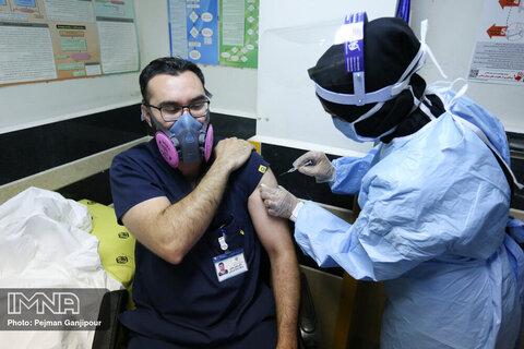 کارآزمایی بالینی واکسن رازی کووپارس آغاز شد