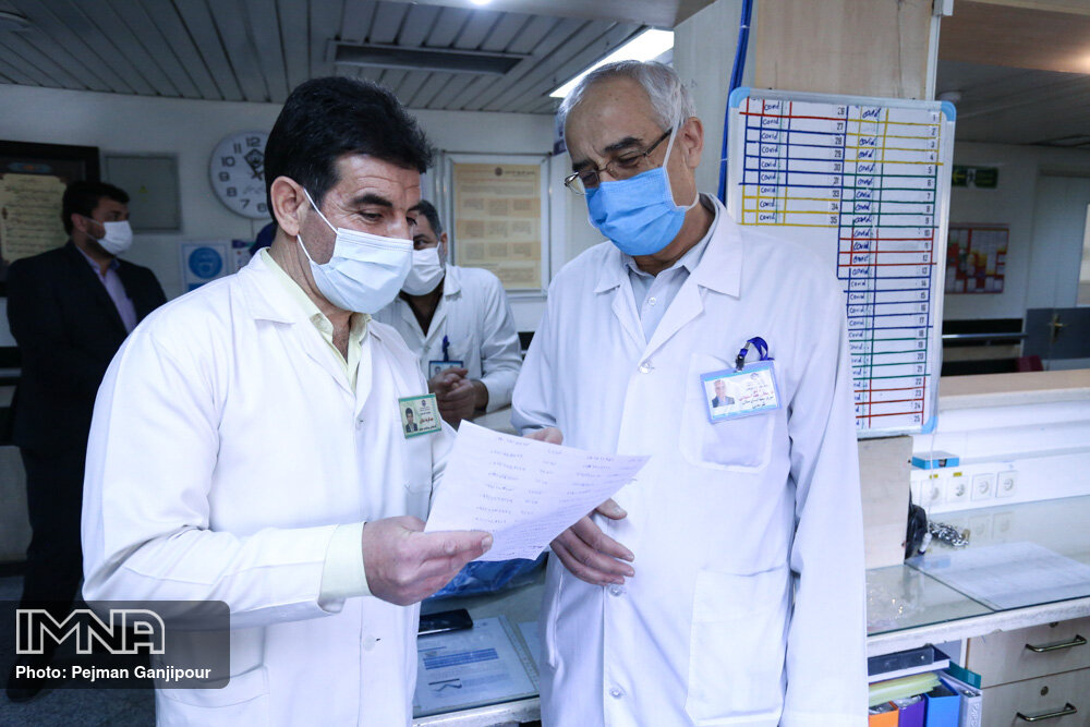 آمار کرونا استان فارس ۲۳ بهمن؛ ۳ فوتی و ۳۲۷ ابتلای جدید