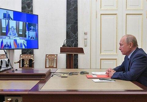 واکنش پوتین به تصمیم دولت آمریکا درباره پیمان استارت