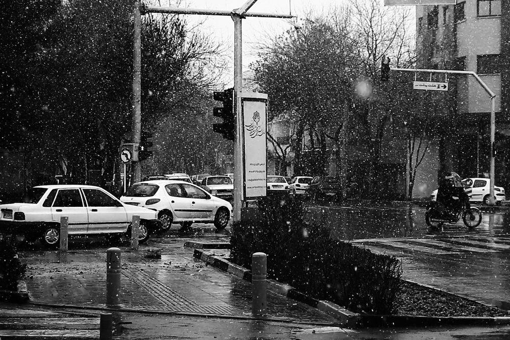 اصفهان برای ساعاتی بارانی شد