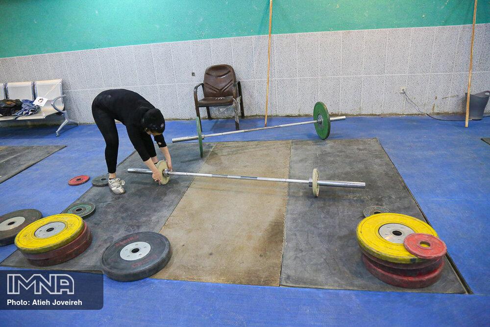 «یکتا جمالی» به اردوی تیم ملی وزنه برداری بزرگسالان دعوت شد