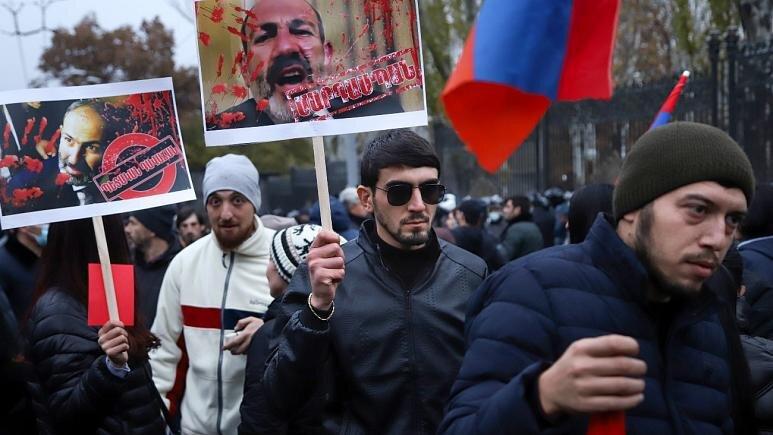 واکنشهای بینالمللی به بحران سیاسی ارمنستان