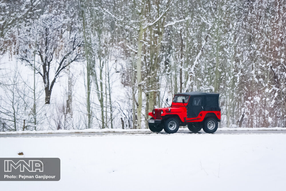 بارش برف سنگین در روستای ارجنک