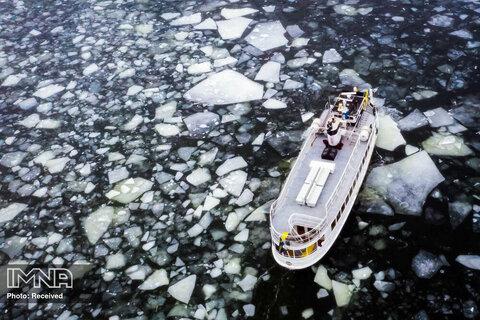 نمای هوایی یک قایق نزدیک استکهلم ، سوئد