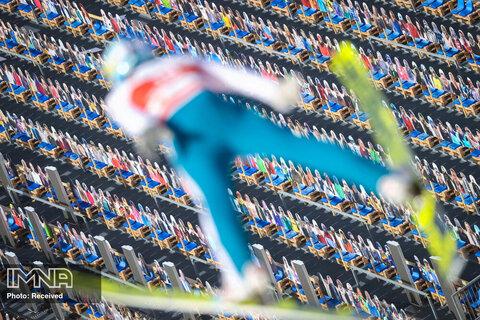 استفاده از تماشاگران نمادین در مسابقه جهانی اسکی آلمان