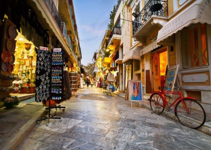تلاش مقامات یونانی برای رونق دوباره صنعت گردشگری