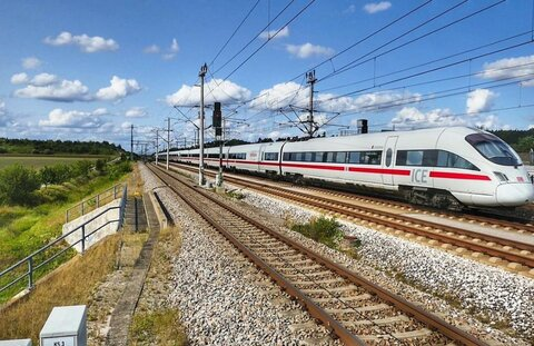 بهبود خدمات قطار شهری در آلمان