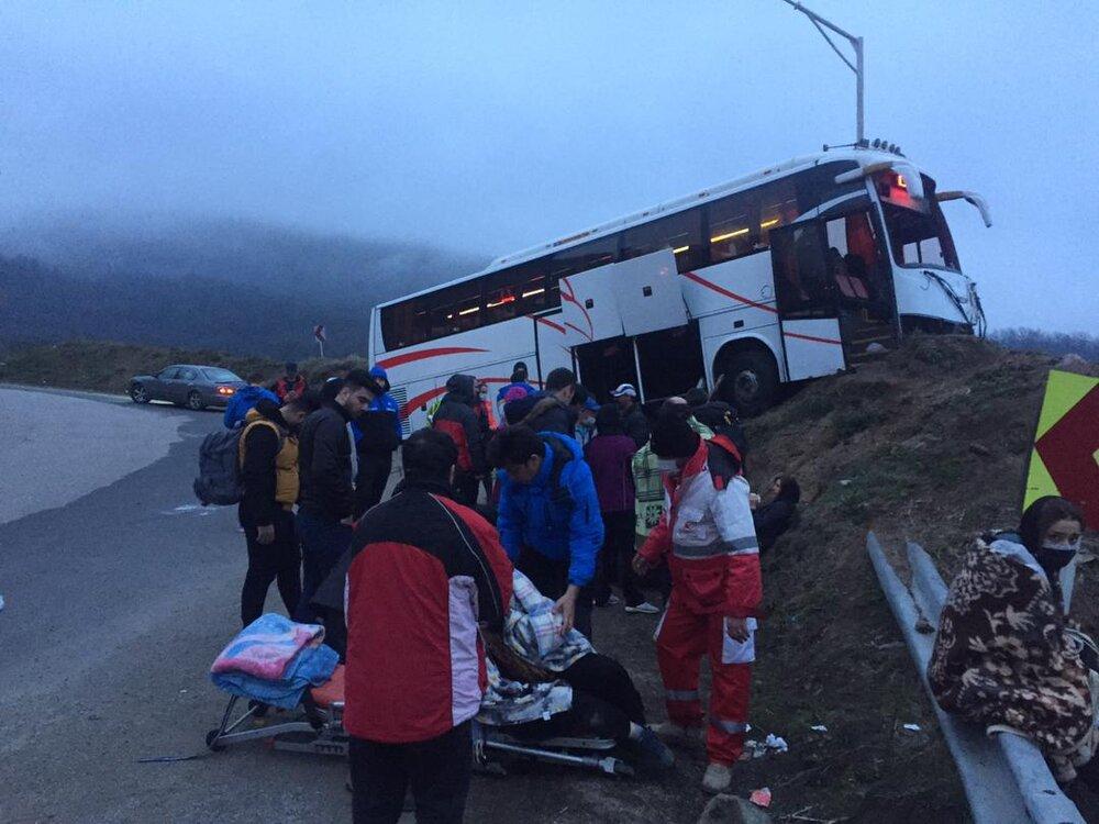 برخورد اتوبوس با کوه در محور آستارا- اردبیل